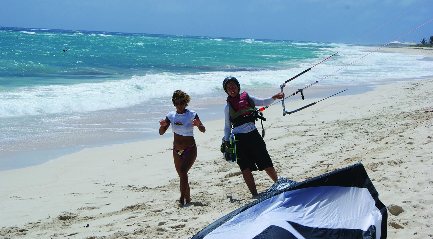 Kitesurfing Lessons 1 to 1 Tuition