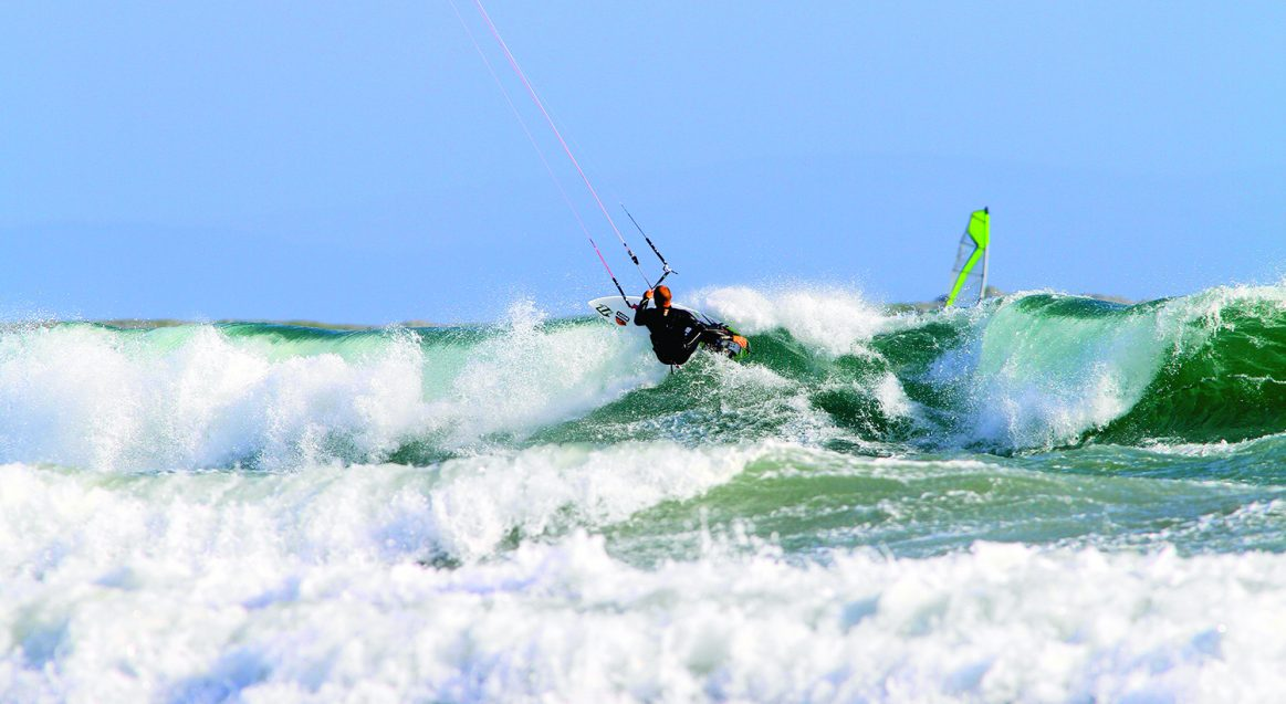Surfing Waves Kitesurf Ireland Holiday